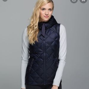 Lululemon lightweight reversible vest